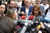 Susana Díaz, el jueves, atiende a los medios en León.