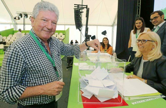 El diputado de Nueva Canarias, Pedro Quevedo, en el congreso que su partido celebró este fin de semana en Las Palmas.