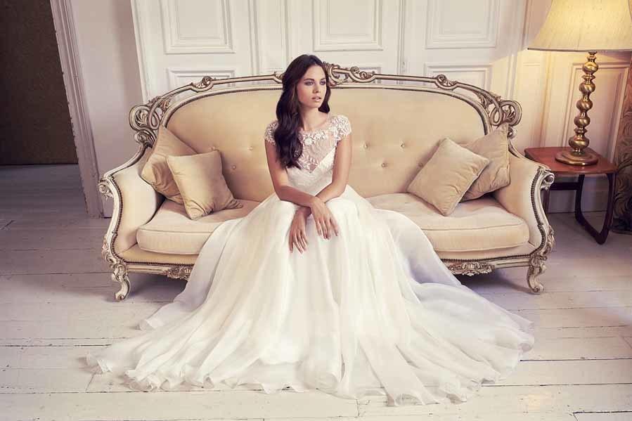 Vestido de novia de Suzanne Neville