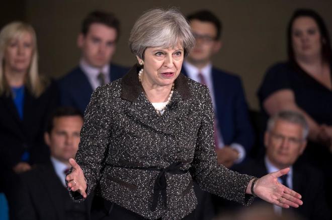 La primera ministra británica, Theresa May, en un acto electoral en York.