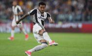 La volea de Alves que significó el 2-0 en el Juventus Stadium.