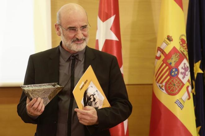 Fernando Aramburu, ganador del Premio Francisco Umbral por 'Patria'