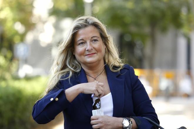 Virginia López Negrete entrando en la Audiencia Nacional en septiembre de 2006.