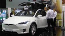 Uno de los modelos de Tesla, que se estrena este año en Automobile.