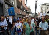 Caracas amaneció con contenedores ardiendo en el día que se convocó...