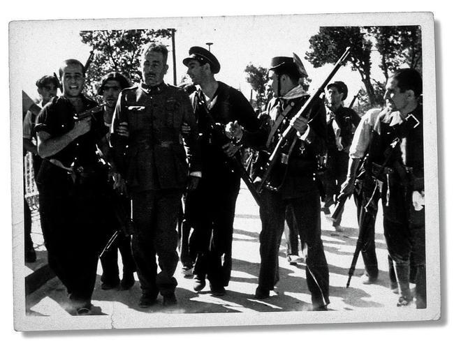 Ortiz de Zárate, capturadop or milicianos republicanos en 1936.