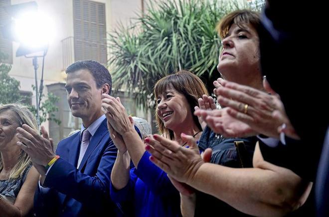 La presidenta del Gobierno balear, Francina Armengol, el día de su...