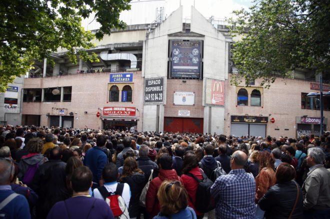 Decenas de personas se citaron en la Cubierta de Leganés para...