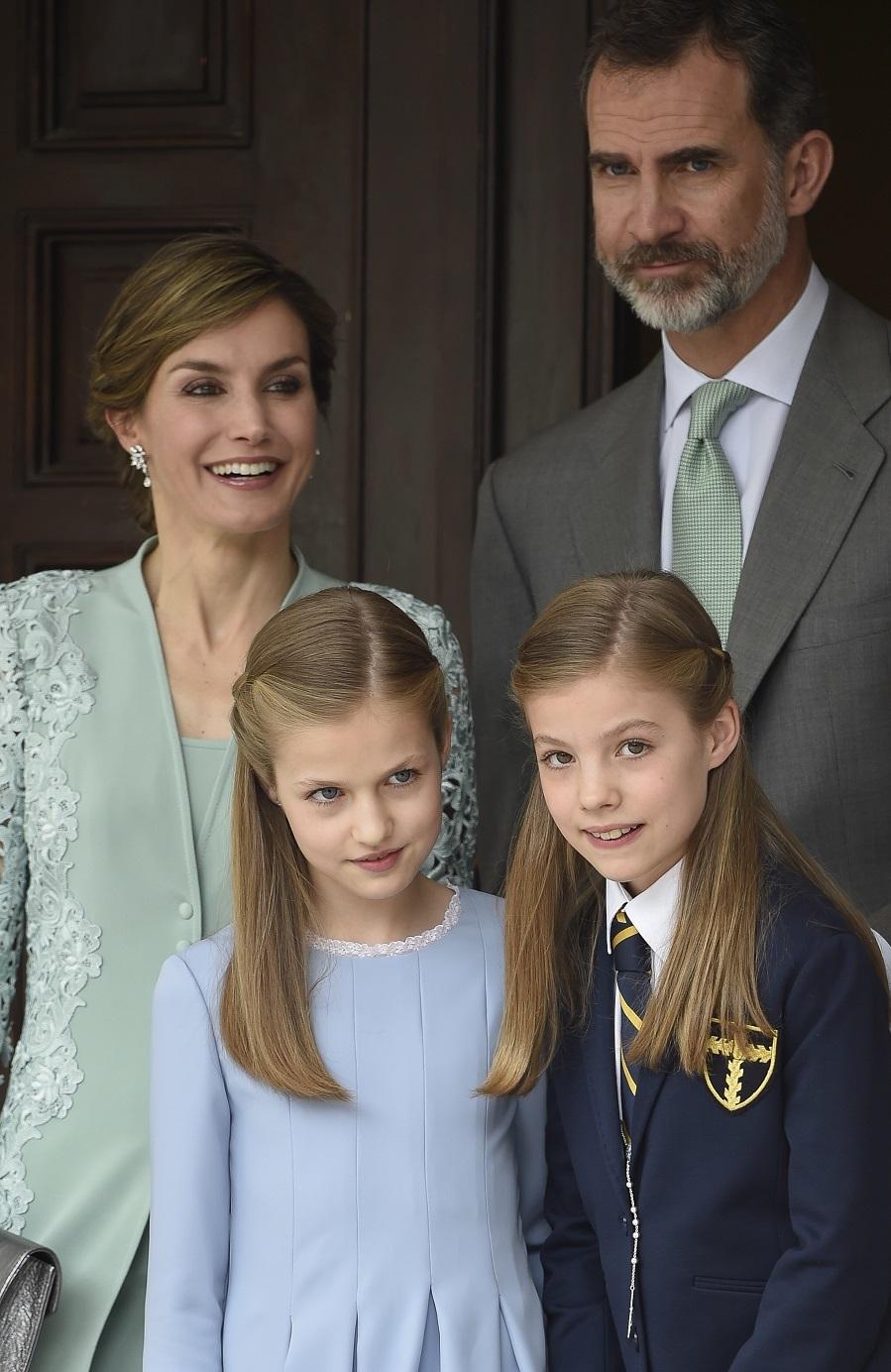 Don Felipe y Doña Letizia han decidido ir conjuntados a la Comunión...