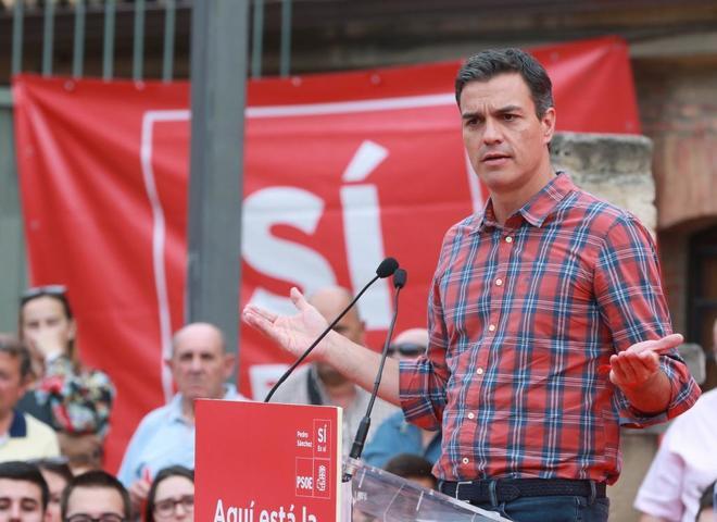 Pedro Sánchez, el miércoles, durante un acto de campaña en Zaragoza.