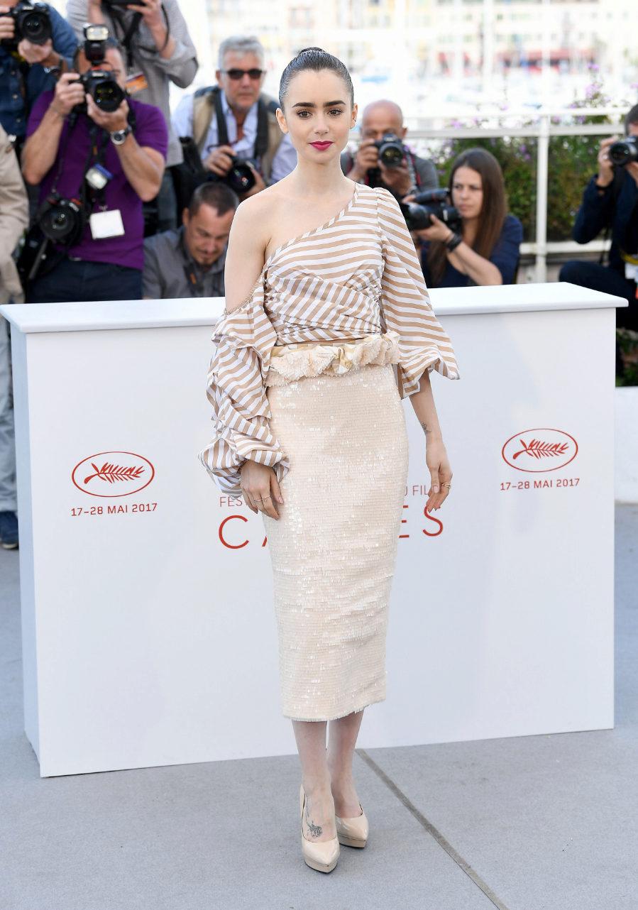 Lily Collins deslumbró con un llamativo outfit de día en el...