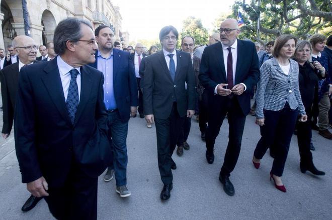El Govern pagó 8.055 euros por el viaje de Artur Mas a Oxford y Harvard