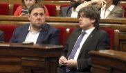 El president de la Genralitat Carles Puigdemont y el vicepresidente...