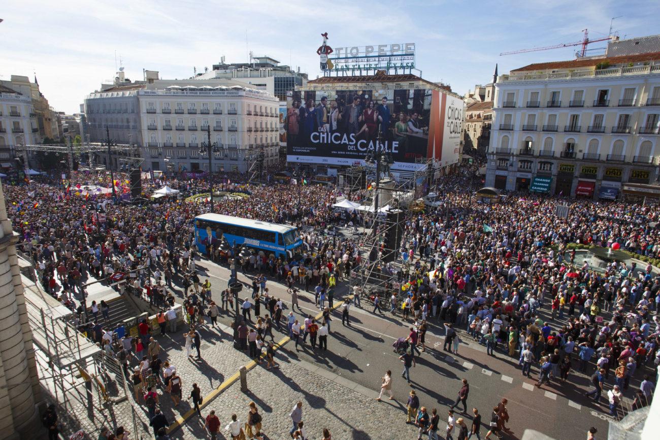 Panorámica de la concentración en la Puerta del Sol.