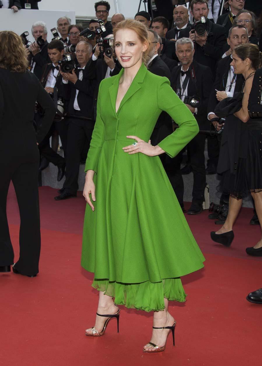 No podía estar más guapa con este modelazo de Dior en un intenso...
