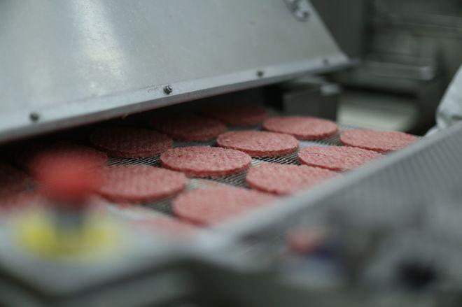 Fábrica donde se hacen las hamburguesas para Mc'Donalds en Toledo