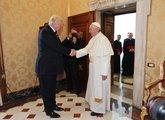 Trump llega a la sede pontificia este miércoles tras haber concluido...