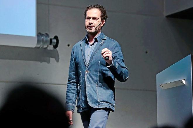 El CEO de McCann durante su  ponencia en la Retail Revolution Confenrence en Esade Barcelona.