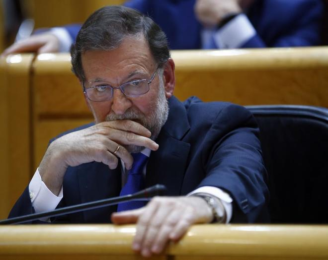 El presidente del Gobierno, Mariano Rajoy, ayer, en la sesión de control en el Senado.