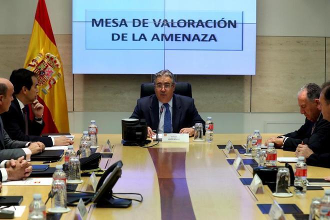 Juan Ignacio Zoido, en la reunión de la mesa de valoración de la amenaza terrorista.