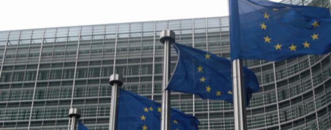 La UE aprueba un plan para que Facebook, Twitter y Youtube eliminen vídeos que inciten al odio