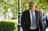Arturo Gianfranco Fasana sale de declarar de la Audiencia Nacional.