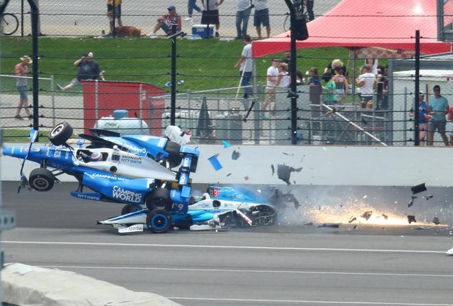 Un brutal accidente en Indianápolis detuvo las 500 Millas ...