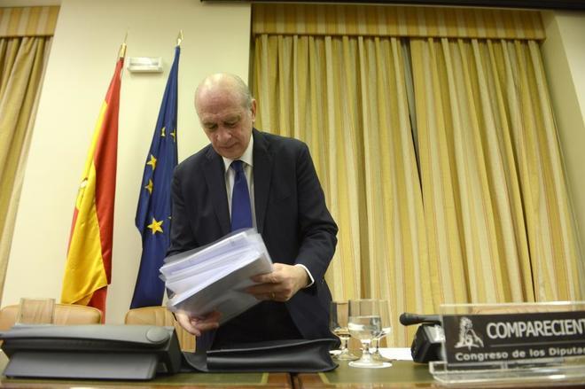 El ex ministro del Interior, Jorge Fernández Díaz, en la sesión de...