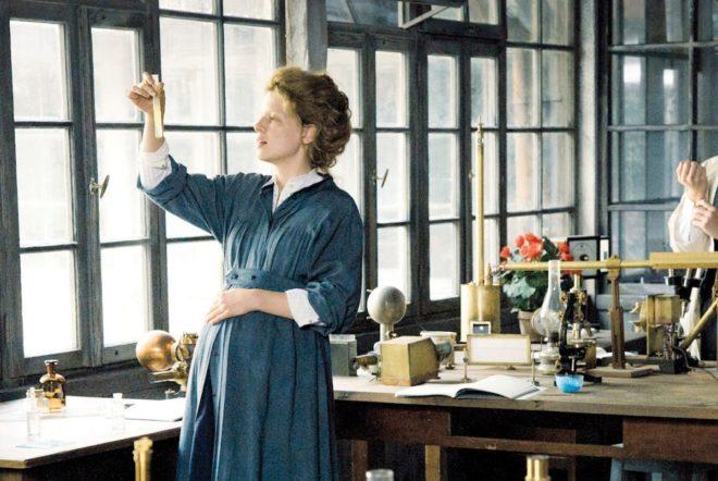Fotograma de la película Marie Curie.