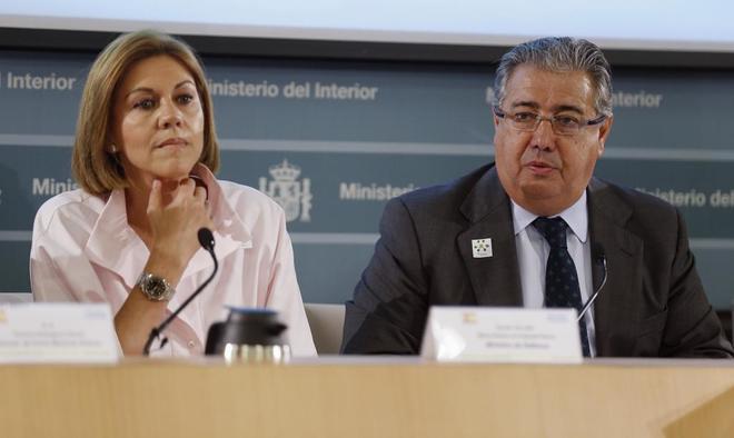 Juan Ignacio Zoido y María Dolores de Cospedal, en la presentación...