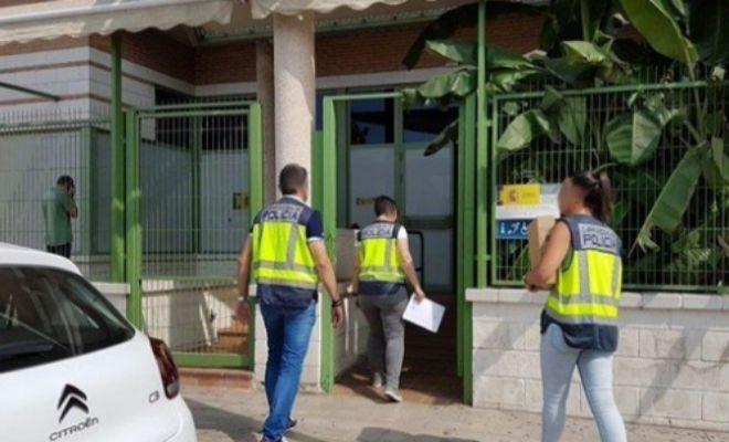 Cae una red de inmigraci n ilegal con 130 detenidos tres for Oficina de extranjeros valencia