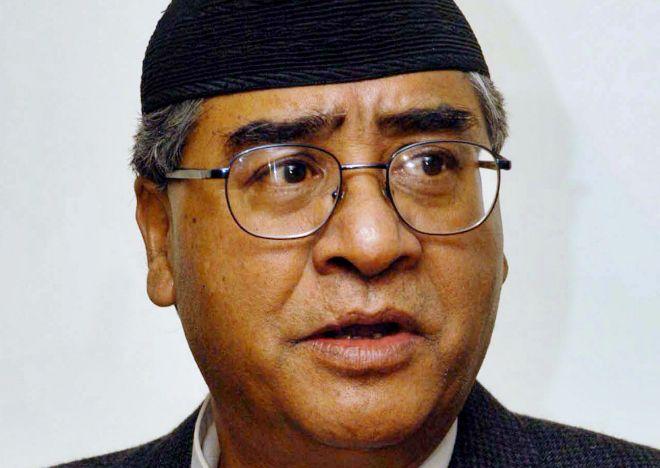 Sher Bahadur Deuba en una fotografía de archivo de 2004