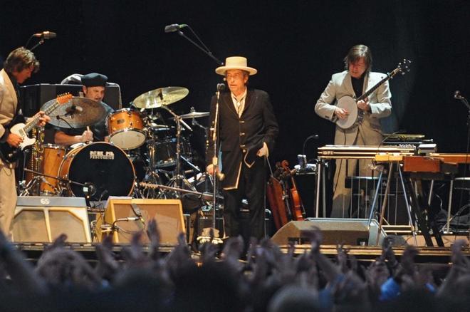 Bob Dylan durante un concierto en Vitoria.