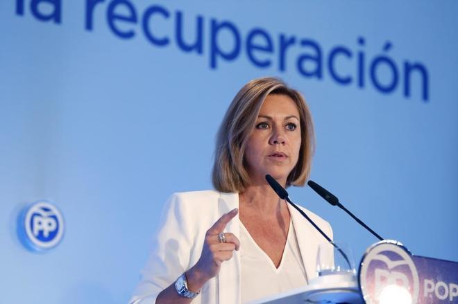 María Dolores de Cospedal, durante un mitin en Toledo en 2015.