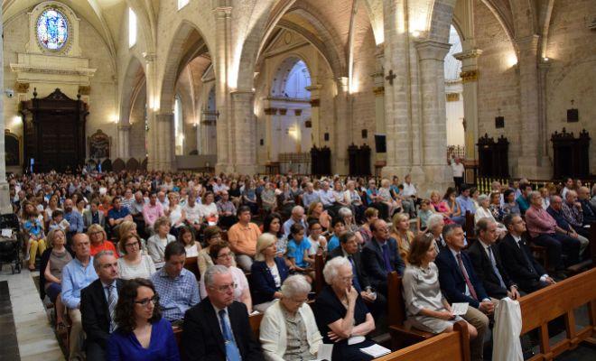Momento de la misa celebrada en la catedral de Valencia con motivo del bicentenario de la fundación de los Hermanos Maristas.
