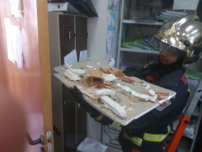 Se cae parte del techo de un juzgado de aranjuez sin herir for Juzgados de aranjuez