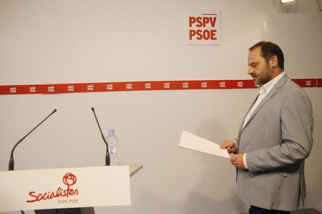 José Luis Ábalos, en la rueda de prensa ofrecida en Valencia.