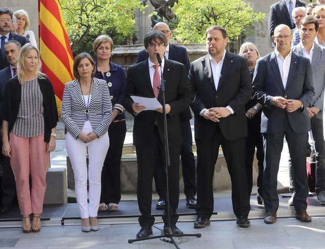 Carles Puigdemont, al hacer el anuncio de la fecha y la pregunta del...