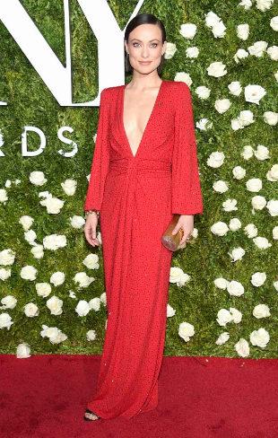 Olivia Wilde, la mujer de rojo