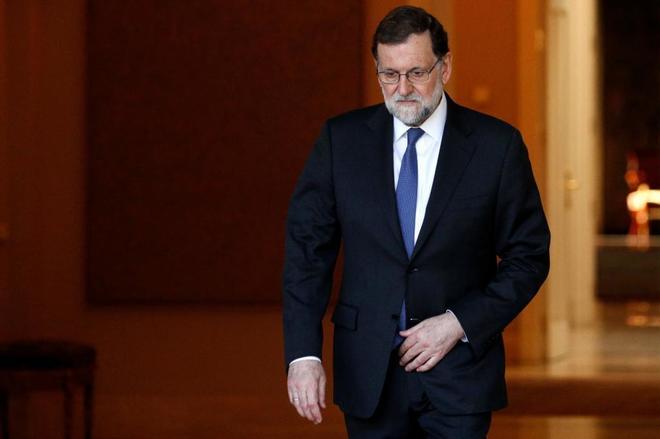El presidente del Gobierno y del PP, Mariano Rajoy, esta mañana en La...