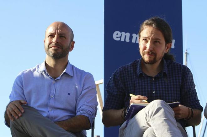 Luís Villares y Pablo Iglesias, en un mitin celebrado en Vigo el...