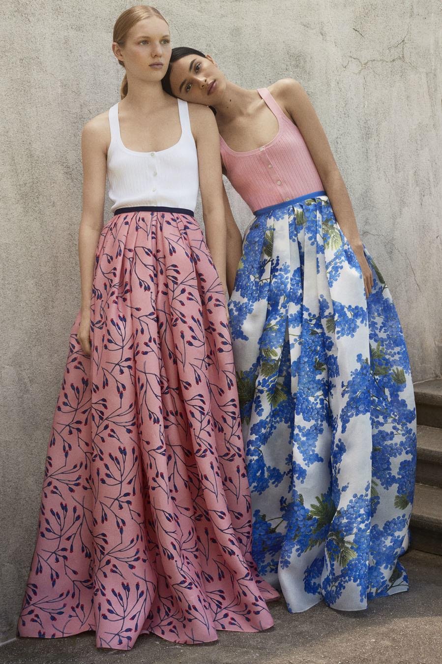 ed4e3a5405b Colección Resort 2018 de Carolina Herrera: faldas estampadas ...