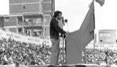 Felipe González, durante un mitin de la campaña de 1977.