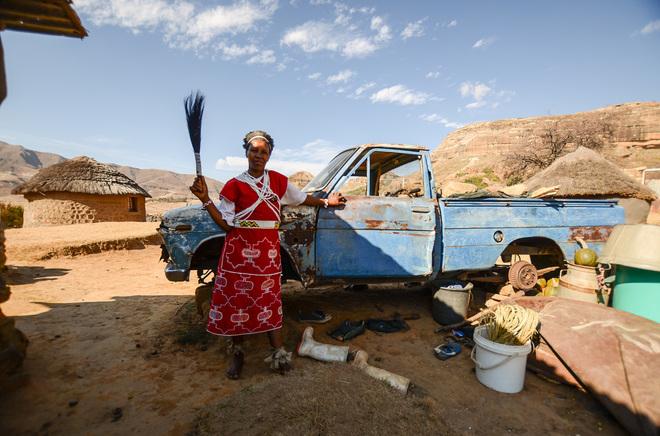 Gran parte de la población en Lesoto vive en aldeas de difícil acceso.