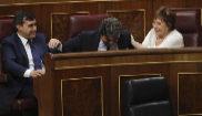 Jorge Moragas, con los diputados del PP José Luis Ayllón y Celia...