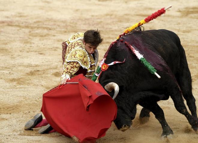 El juli roca rey y lvaro lorenzo a oreja por coleta en for Roca toledo