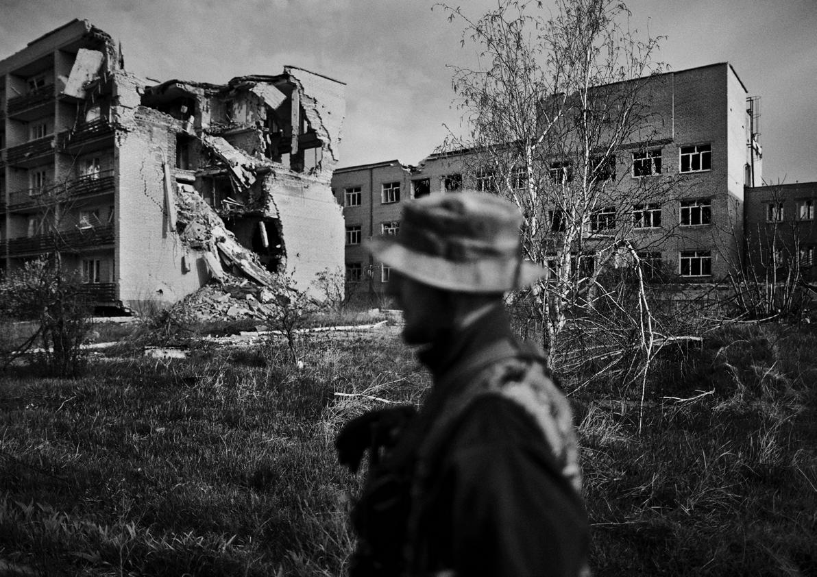 """Donbas: la guerra olvidada de Europa. """"Las armas más poderosas..."""