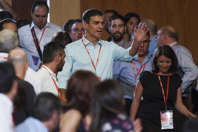 """El PSOE avanza hacia su """"Estado plurinacional"""""""