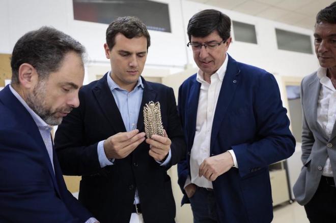 Albert Rivera, junto al líder andaluz de Ciudadanos, Juan Marín...