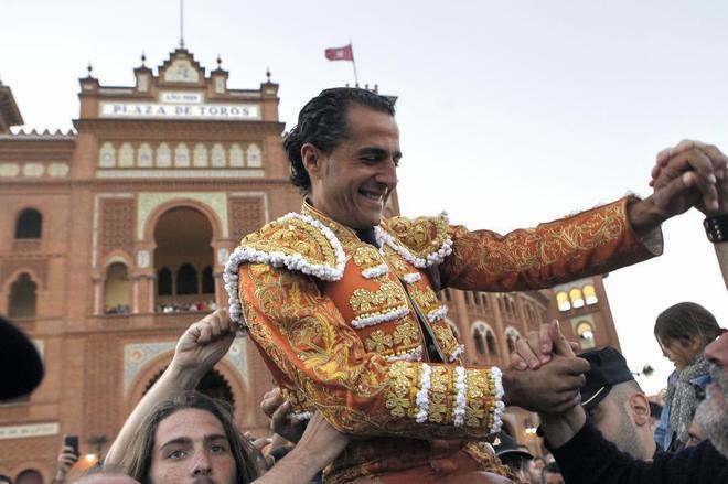 Puerta grande para Iván Fandiño en las Ventas, el 13 de mayo de 2014.